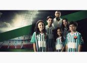 Academia deportiva de Arturo Vidal ayudará a niños de escasos recursos