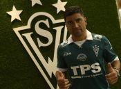 David Pizarro vuelve a Santiago Wanderers