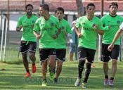 Copa Libertadores: Colo Colo y Palestino debutan en medio de polémicas por barras