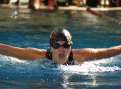 Consejos para coordinar la respiración mientras nadas