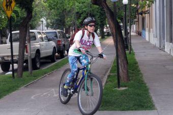 Estudio muestra falencias de cascos de bicicletas