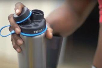Trago: la botella inteligente que te ayuda a mantenerte hidratado