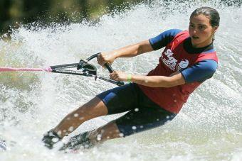 Esquiadora chilena Valentina González consigue medalla de bronce en torneo australiano