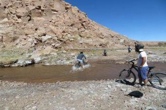 Los mejores circuitos para pedalear en San Pedro de Atacama
