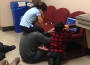 Profe cuidó a los hijos de una alumna para que ella pudiera rendir su examen final
