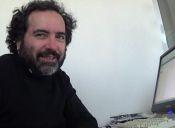 """Rafael Gumucio: """"La Chile no es mucho mejor que Aplaplac"""""""