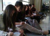 Estudiantes de Fonoaudiología de la U. Autónoma inician paro por despido de docentes