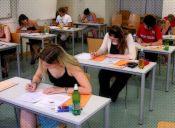 Batallas épicas universitarias: estudiantes vs exámenes de fin de semestre