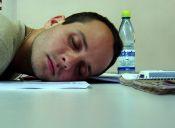 ¿Estudiar de noche o acostarse temprano y madrugar?