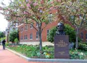 ¿Por qué son tan caras las universidades de Estados Unidos?