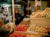 Chilenos se sienten menos seguros en el trabajo con la llegada de extranjeros