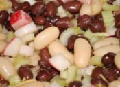 Cinco hábitos alimenticios que pueden mejorar tu humor en la oficina
