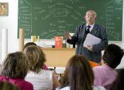 Experto Unesco: Profesores chilenos ganan 39% menos que otros países OCDE