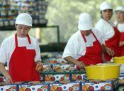 ¿Y la igualdad? Los hombres en Chile ganan un 17% más de sueldo que las mujeres
