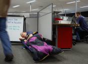 Dato útil: Cómo dormir en el trabajo y pasar desapercibido