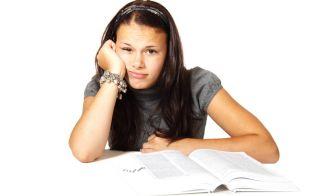 ¿Eres víctima del burnout académico?