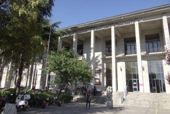ONG acusa a la Facultad de Medicina de la U. de Chile de promover el aborto