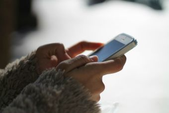 UC suspende hasta por un año a alumnos que participaron en copia masiva por WhatsApp