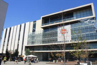Carabineros desalojó toma de facultad de Derecho de la UNAB