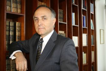 Rector de la U. Autónoma acusa al CRUCh de querer sacarlos de la gratuidad