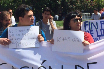 Estudiantes endeudados por créditos universitarios piden al Gobierno pronunciarse frente a embargos