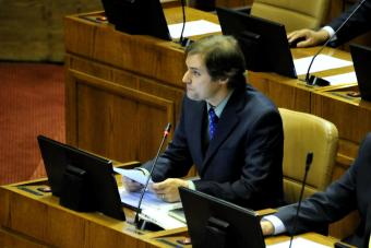 Parlamentarios de la oposición recurren a Tribunal Constitucional por glosa de gratuidad