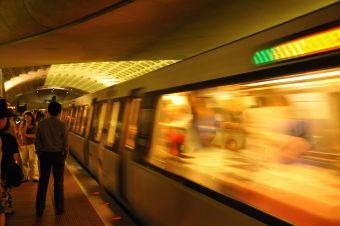 12 cosas que pueden ocurrir en el metro cuando vas a la u