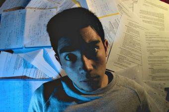 15 cosas que pasan cuando te pones a estudiar a última hora
