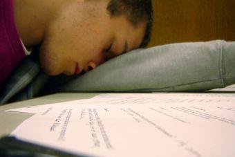 No sacrifiques tus horas de sueño por estudiar