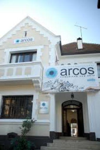 Instituto Profesional de Artes y Comunicación ARCOS