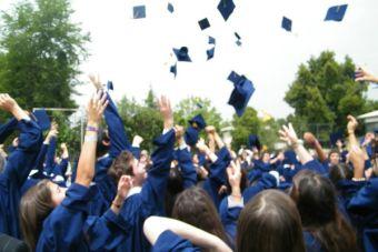 Doctorados en el extranjero son la tendencia de los jóvenes egresados durante 2013