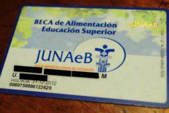 Estudiantes con Beca de Alimentación de la Junaeb recibirán nueva tarjeta para 2014