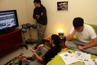 El suplicio de estudiar en grupo (formado al azar)
