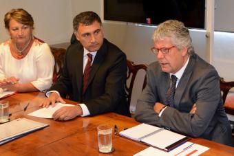 Ministro Eyzaguirre recordó sumario que hizo la UC a su hijo