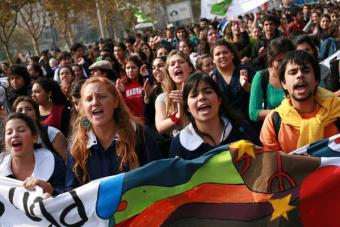Estudiantes denunciaron presiones de universidades y CFT para que no existan federaciones