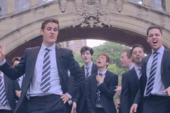 Estos estudiantes de Oxford mueven las caderas