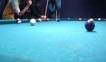 ¿Cuáles son los mejores lugares para jugar pool en Santiago?