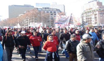 Más de 500 mil personas a lo largo de Chile marcharon en paro convocado por la CUT