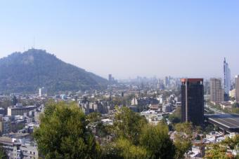 FMI reduce el crecimiento económico de Chile para este año
