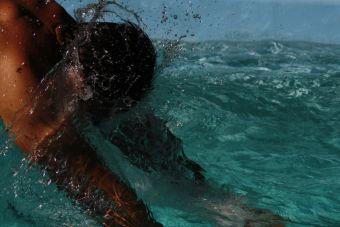 Paseo de oficina: ¡Me salvé de caer al agua!