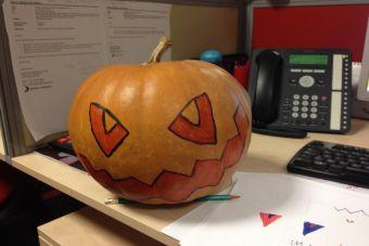 Historias de oficina: Venganza en Halloween