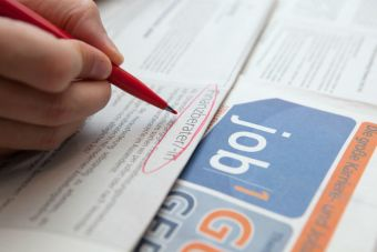 Tasa de desempleo baja levemente en el último trimestre