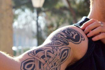 Tatuajes: ¿Son un impedimento para encontrar trabajo?