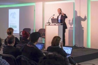 ¿Realizarás una presentación en público? Aplica estos consejos sobre lenguaje corporal