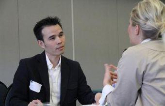 ¿Cómo insertarse en un mercado laboral extranjero?