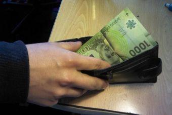 Gobierno propone un nuevo sueldo mínimo de solo 210 mil pesos