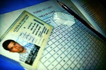 Nuevo examen de conducir deja a casi la mitad de los postulantes sin licencia