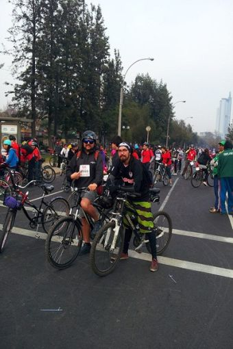 """Trabajadores a pedalear: """"Active Bike to Work"""" llega a Chile"""