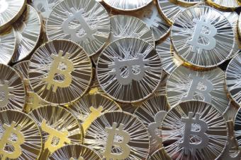 Bitcoin: la moneda virtual que está remeciendo el mercado