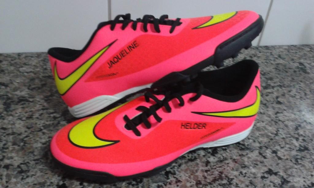 3cb02b0567 Chuteira Nike Hypervenom Phade Society